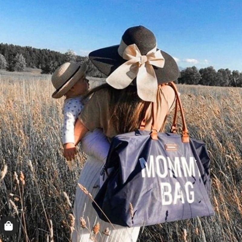 Mommy Bag vs Daddy Bag